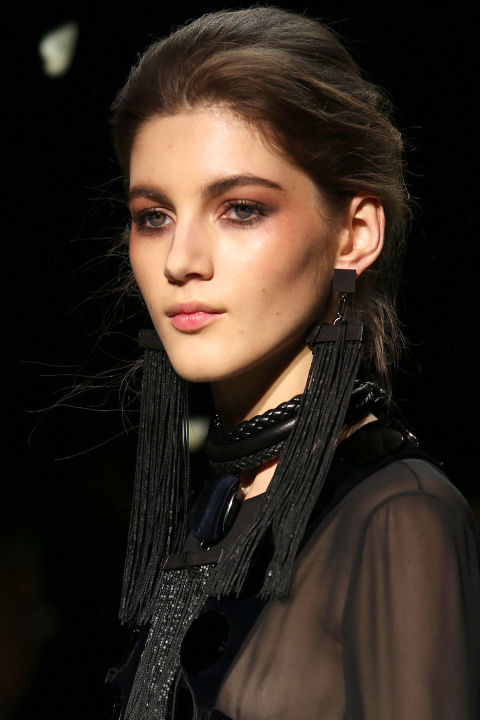 hbz-fw2015-trends-beauty-smoky-tom-ford