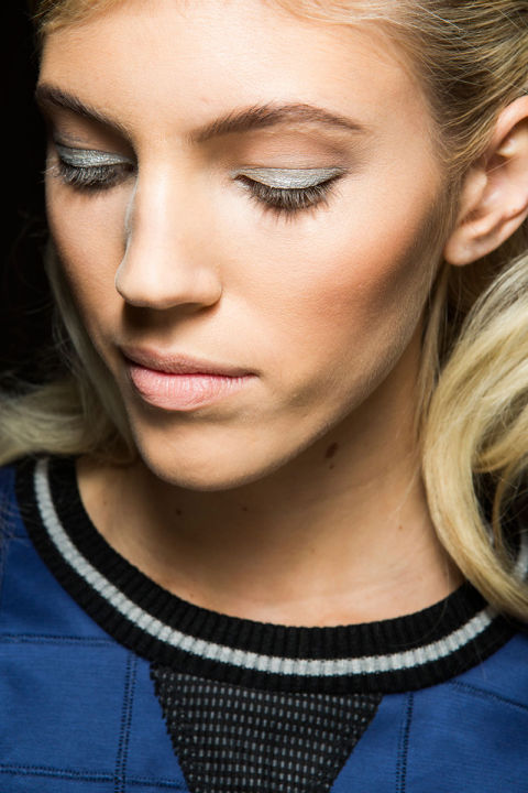 hbz-fw2015-trends-beauty-sparkle-shine-zac-posen-bks-rf15-1217